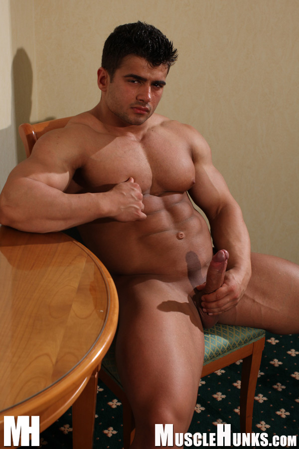 Clip man muscle video xxx