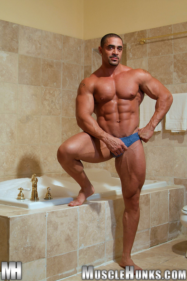 Musclehunks Free Videos