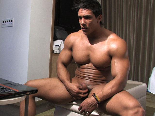 Nude muscle hunks wade trent bodybuilder